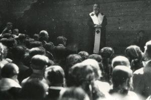 """29 липня 1935 року митрополит Андрей Шептицький святкував своє 70-ліття у """"Кедрових Палатах"""" на Прикарпатті 3"""