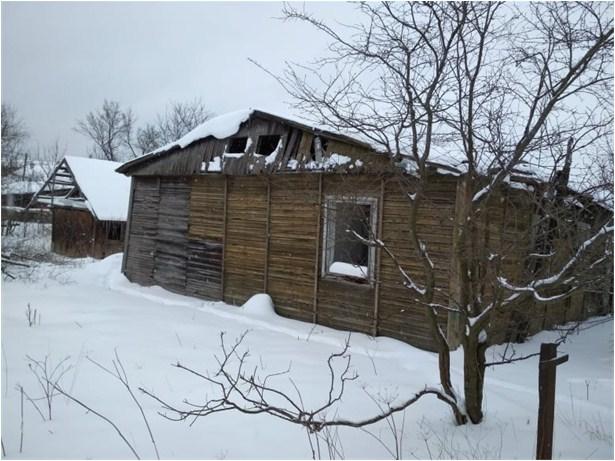 Приміщення барака із Брошнівського збірного пункту, що збереглося до наших днів